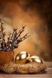 Ovos dourados no ninho Foto de Stock Royalty Free