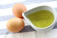 Ovos e azeite Imagem de Stock Royalty Free