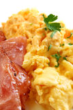 Ovos e bacon Scrambled Foto de Stock Royalty Free