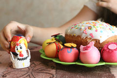 Ovos e bolo decorados Páscoa de easter Imagem de Stock Royalty Free