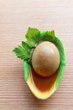 Ovos em sauce2 marrom Fotos de Stock