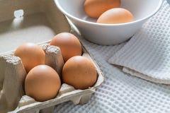 Ovos em um pacote da caixa Imagem de Stock