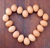 Ovos, forma do coração Imagens de Stock Royalty Free