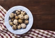 Ovos frescos sobre o fundo foto de stock royalty free