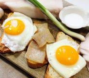 Ovos fritados com bacon Fotos de Stock Royalty Free