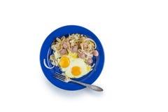 Ovos fritados com cebolas Imagem de Stock Royalty Free