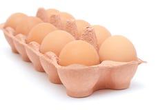 Ovos na caixa de papel Foto de Stock
