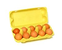 ovos na caixa isolada no branco Fotos de Stock Royalty Free