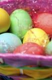 Ovos na cesta de Easter Imagens de Stock