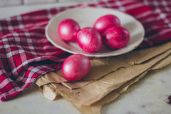 Ovos na placa Imagens de Stock Royalty Free