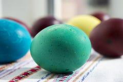Ovos pintados para a Páscoa, os ovos da páscoa ucranianos e os ovos da páscoa o Foto de Stock