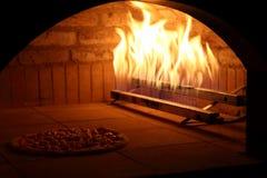 Owen för pizza Arkivbild