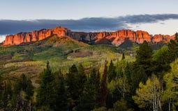 Owl Creek Pass bei Sonnenuntergang nahe Ridgway Colorado lizenzfreie stockfotos