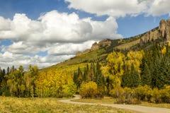 Owl Creek Pass en la temporada de otoño Imagen de archivo libre de regalías