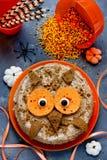 Owl Halloween Cake Fotografering för Bildbyråer