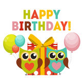 Owl Happy Birthday Background sveglio con il contenitore di regalo, i palloni e la P Fotografia Stock