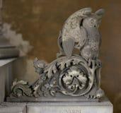 Owl Statue (abstract elementenpatroon) stock afbeelding