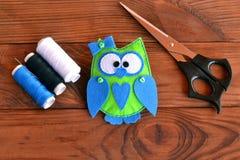 Owl Stuffed Animal Decoración del cuarto de niños del búho Juguete relleno búho Decoración del cuarto de niños Pájaro lindo del j Foto de archivo libre de regalías