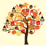 Owl Tree royaltyfri illustrationer