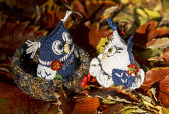 Owls in love. Knitted toys of handwork. Royalty Free Stock Images