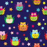 Owls in the nighttime seamless pattern Royalty Free Stock Photos