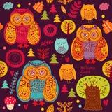 Owls och trees Royaltyfri Foto