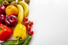 Owoc i warzywo wpólnie łasowania zdrowy pojęcie obrazy stock