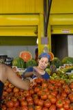 Owoc i warzywo zakończenia rynek Hadera Izrael zdjęcia stock