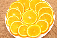 Owoc, pomarańcze i kiwi na talerzu, obraz stock