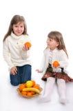 owoc rozochocone dziewczyny trochę dwa Fotografia Royalty Free