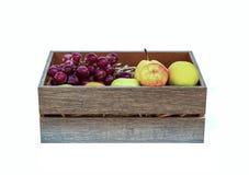 Owoc w drewnianym pudełku Zdjęcie Royalty Free
