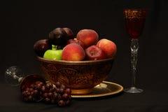 owoce ii wino obrazy stock