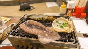 Owoce morza grill kałamarnica, krab jata i krewetka przy restauracją -, Zdjęcia Royalty Free