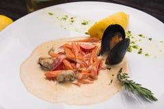 Owoce morza mussel z cytryną Obrazy Stock