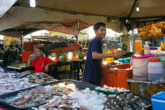 Owoce morza rynek w Kot Kinabalu, Sabah Borneo Zdjęcia Royalty Free
