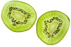 owoce tropikalne przecięcie kiwi Kiwi 1 życie wciąż tła soczysty kiwi biel Fotografia Stock