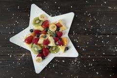 Owocowa sałatka w gwiazdzie Zdjęcie Royalty Free