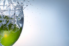 owocowa wapna pluśnięcia woda Obraz Stock
