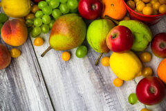 Owocowego tło rocznika jesieni jedzenia drewniana natura obrazy stock