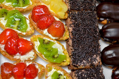 Owocowy i Czekoladowy tort Zdjęcie Stock