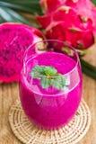 owocowy smoka smoothie obrazy royalty free