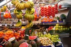 Owocowy stojak przy rynkiem, Barcelona Zdjęcie Stock