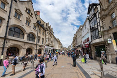 OXFORD, ENGLAND - JULY 15 2017 - Tourists in University town one of most visited in the world. OXFORD, ENGLAND - JULY 15 2017 - Tourist in well famous town Royalty Free Stock Photos