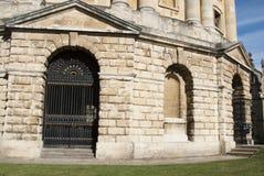 Oxford, het Verenigd Koninkrijk 13 oktober, 2018 - de Bodleian-Bibliotheek, de belangrijkste onderzoekbibliotheek van de Universi stock afbeelding