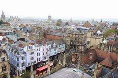 OXFORD REINO UNIDO 26 DE OCTUBRE DE 2016: Vista aérea de la ciudad de Oxford de la iglesia de la virgen del St Mary The Foto de archivo