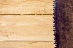 Oxidado viu na tabela de madeira Fotos de Stock