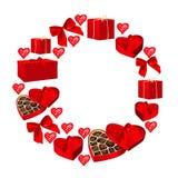 Ozdobna round rama dla valentines karcianego projekta Rama od prezentów pudełek, serc, łęków i serca kształtujących pudełek czeko Fotografia Stock