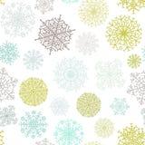 Ozdobnego płatka śniegu bezszwowy tło. + EPS8 Obraz Royalty Free