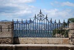 Ozdobny żelaza ogrodzenia panel na Nowym moście, Ronda, Hiszpania fotografia stock