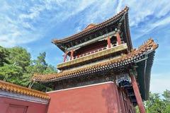 Ozdobny pawilon przy Jing shanu parkiem w Pekin, Chiny zdjęcie royalty free
